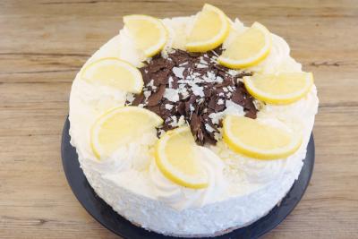 Zitronensahne Torte