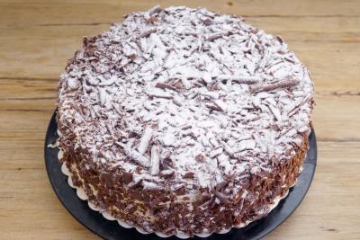 Schweizer Nuss-Torte